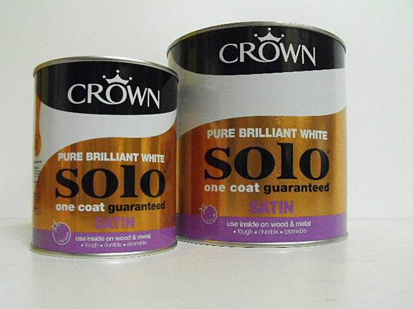 Crown Solo White Satin Paint - 750ml or 2-and-a-half L