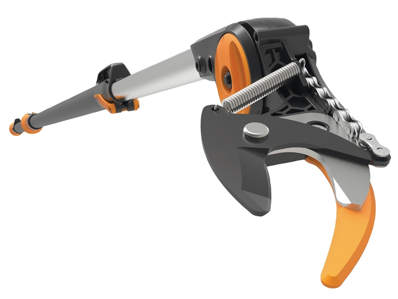 FSK1023624 Fiskars PowerGear Telescopic Tree Pruner UPX82 or 86